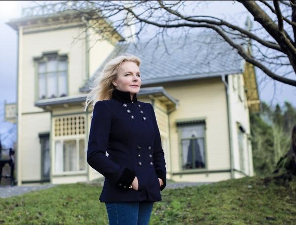 Lucinda at Troldhaugen